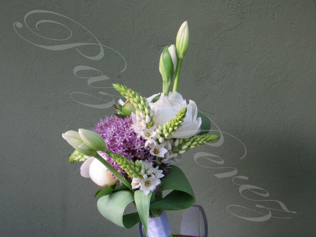 Ramo de Novia con peonías, allium y tulipanes