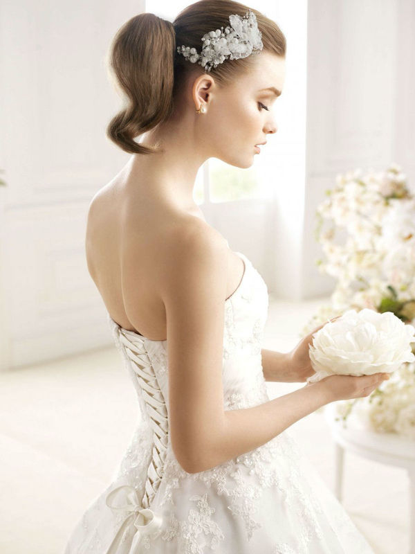 Beispiel: Haaraccessoires, Foto: Wedding Center Wien.