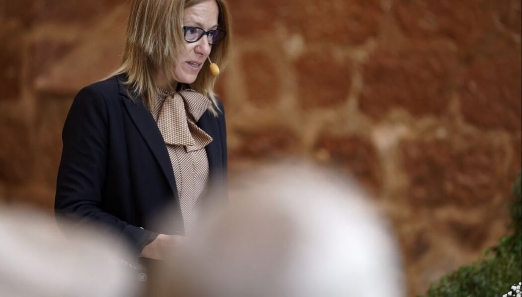 Sonia Castro Oficiante
