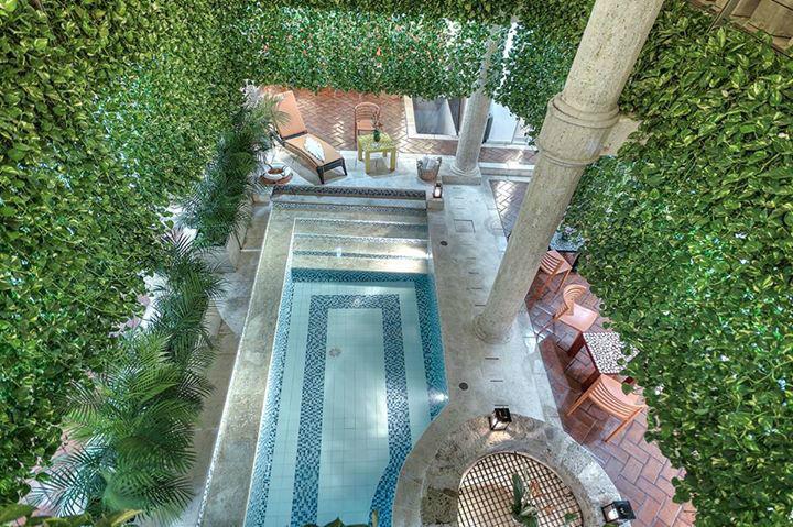 Nuestra piscina del primer nivel