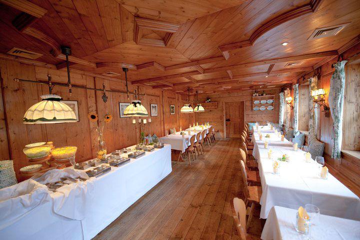Beispiel: Hochzeitsbuffet, Foto: Heuriger Wieninger.