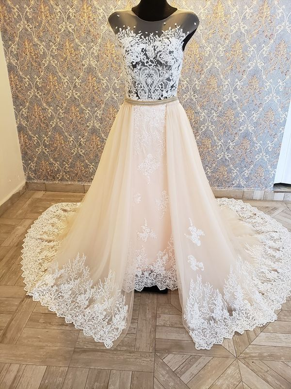 Gisselle Brides