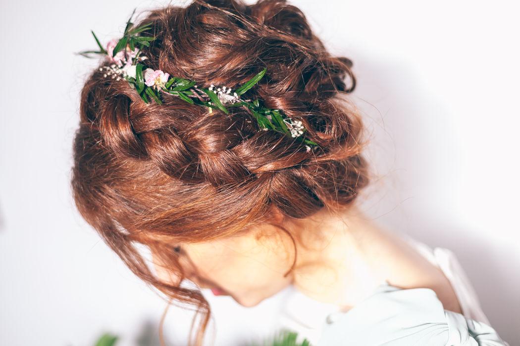 Peinado trenzado romántico