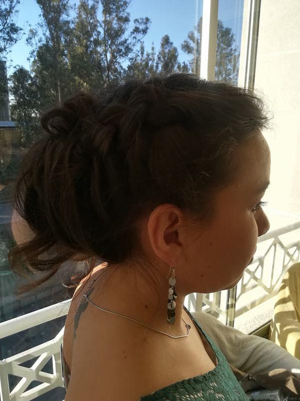Claudia Novias Maquillaje & Peinados