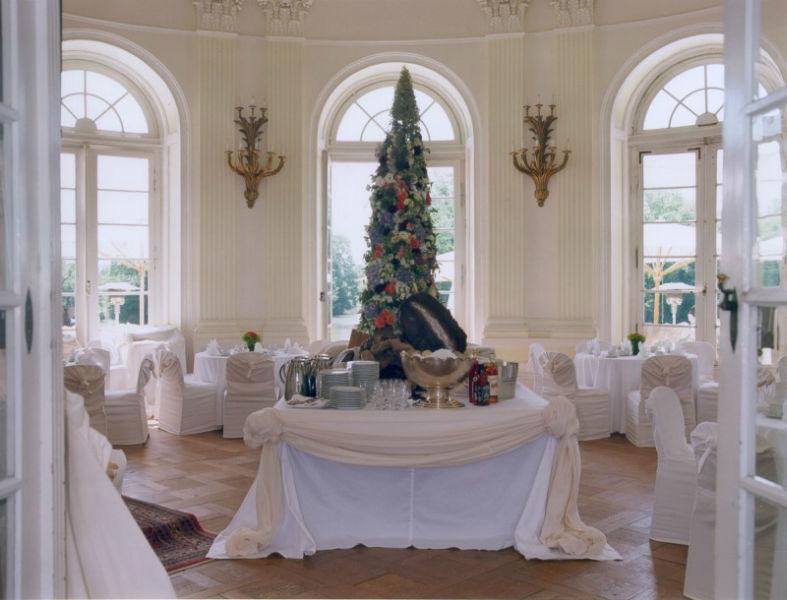 Beispiel: Hochzeitsgedeck, Foto: Schlosshotel Monrepos.