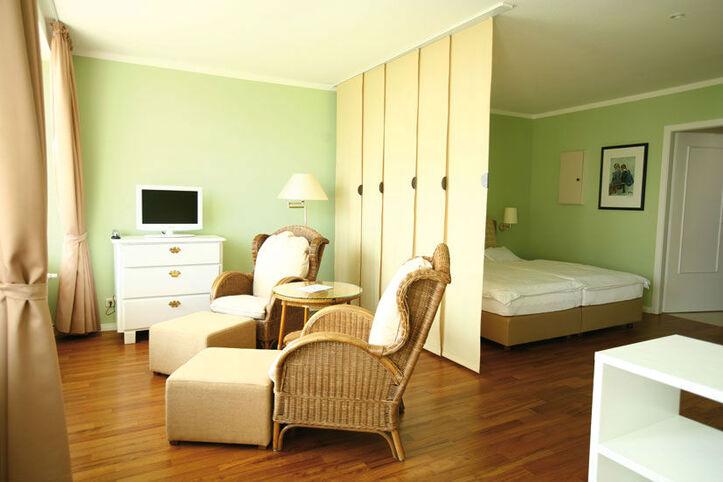 Beispiel: Hotelzimmer, Foto: Hotel Seehof Sierksdorf.
