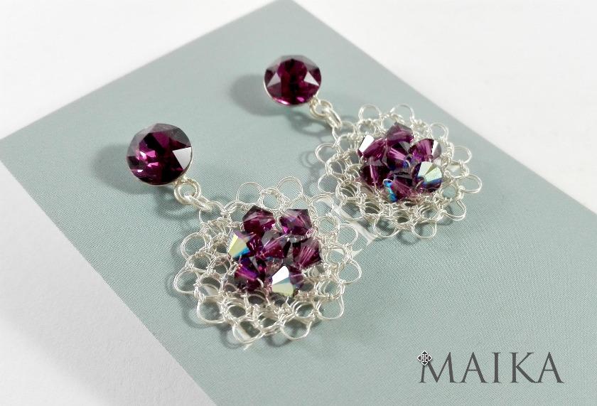 Aretes tejidos a crochet con hilo de plata 999 y cristales de swarovski elements. Cristales importados.