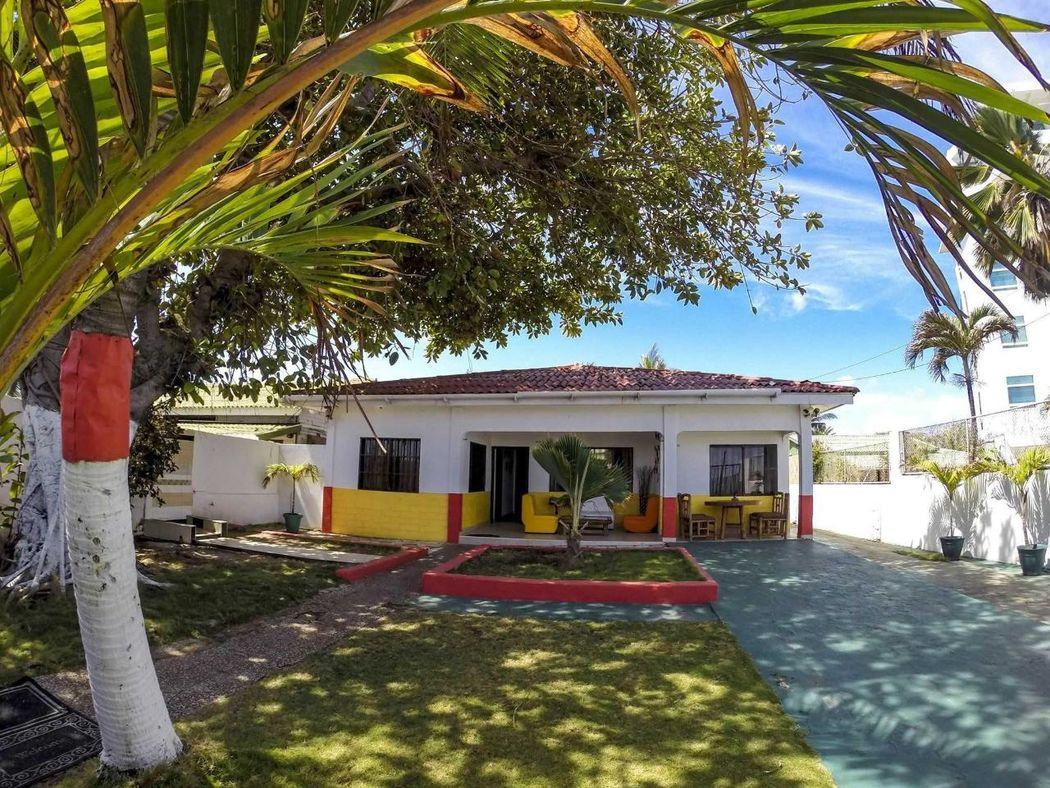 Villa Sarie Bay Hotel