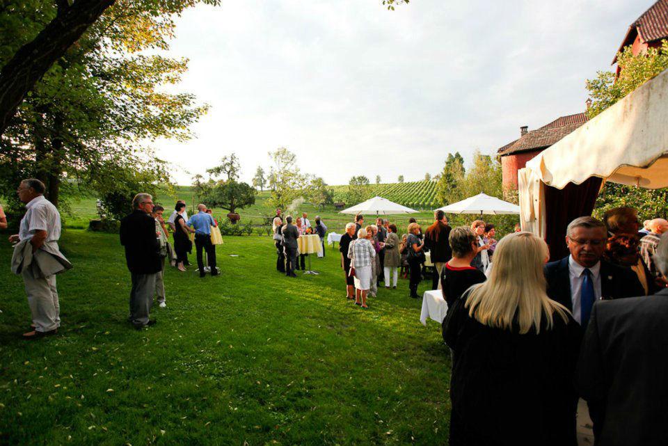 Beispiel: Feiern im Grünen, Foto: Wasserschloss Hagenwil.
