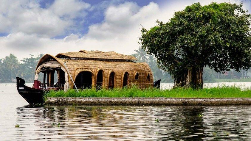 Shakthi Tours & Travels