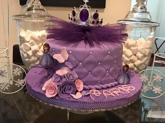 M&B Cakes Y La Dulceria