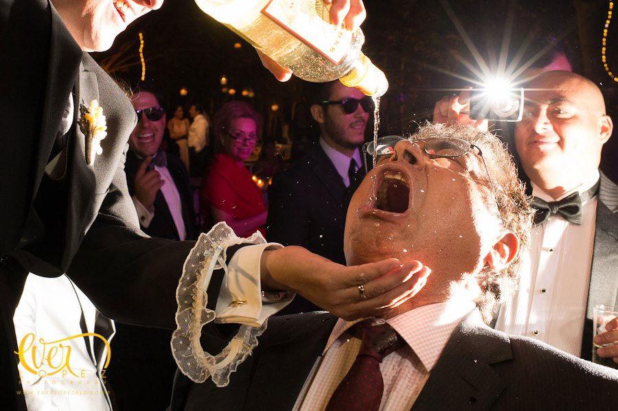 Fotos del relajo en la boda en La Florida Eventos Guadalajara, Jalisco, Mexico.  Fotografia de boda por fotografo profesional de bodas Ever Lopez