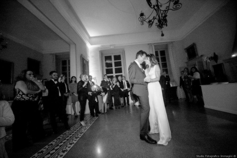 Sala del Camino atmosfera romantica per il ballo