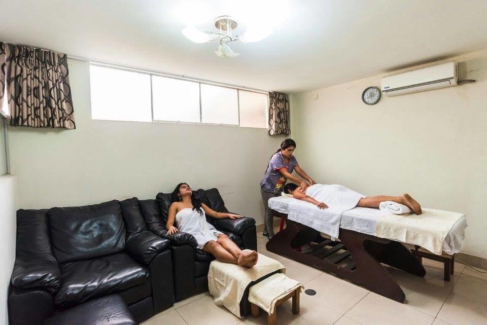 Centro de Belleza Estética y Salud Chino