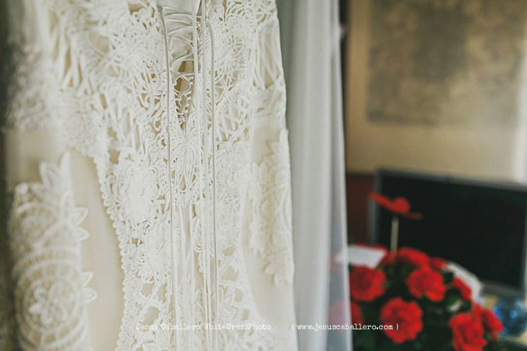 White Dress Photo Jesús Caballero