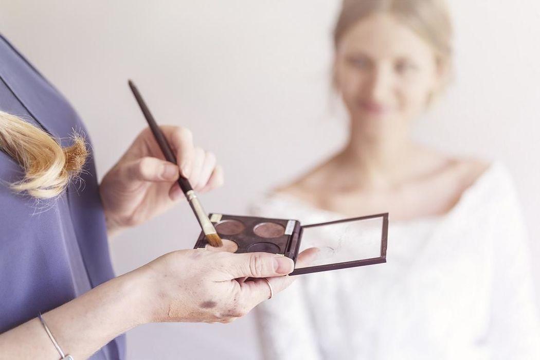 Kathrin Pützer - Mobile Coiffeuse & Make up Artist