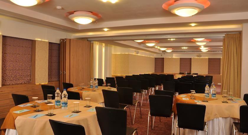 Hotel Niharika Kolkata