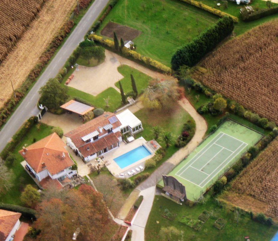 Domaine De Millox