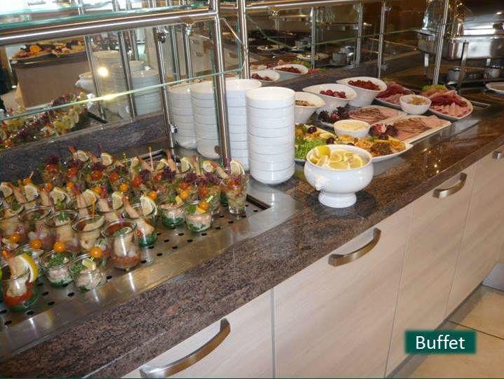 Beispiel: Buffet, Foto: Hotel Rheinsberg am See.