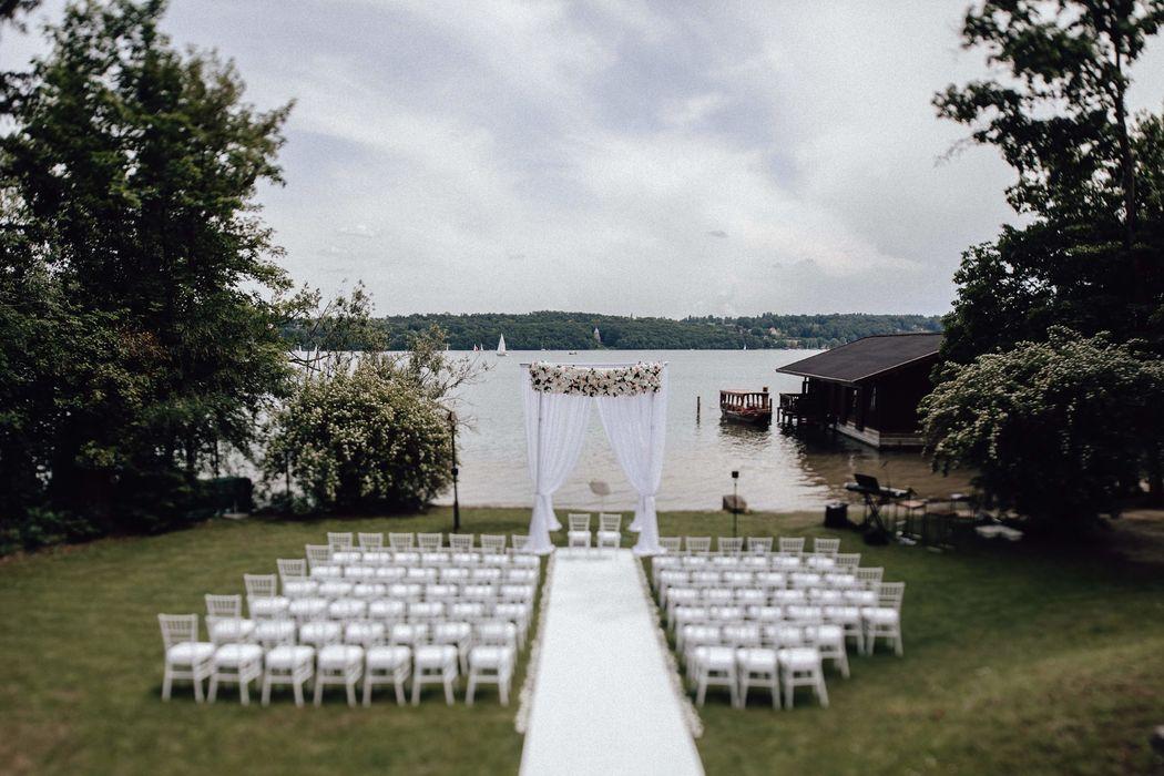 Merle Weddings