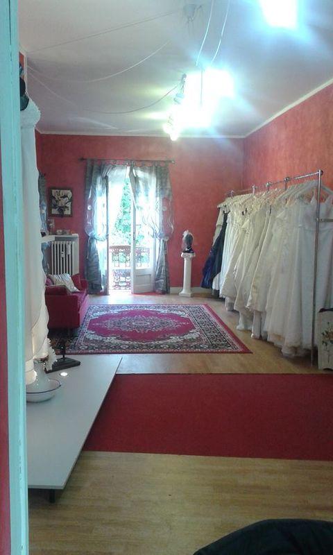 L 39 outlet della sposa recensioni foto e telefono for Tessuti arredamento outlet torino