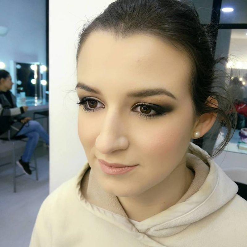 Contagious Makeup