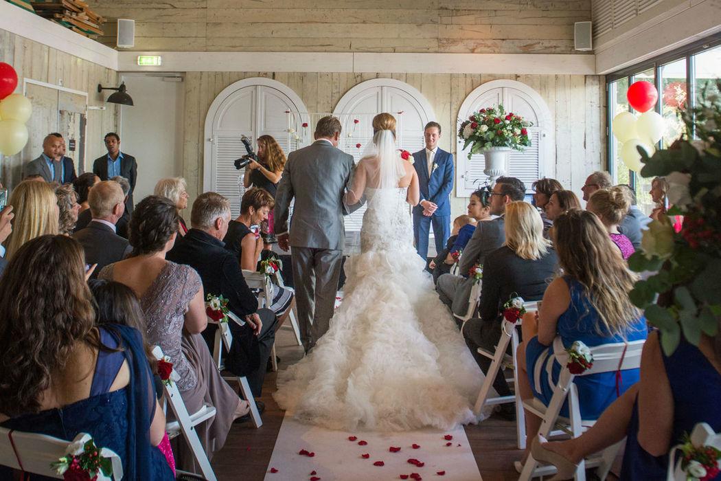 Claus, trouwlocatie Hoofddorp, Papa's Beach House, officiële trouwlocatie
