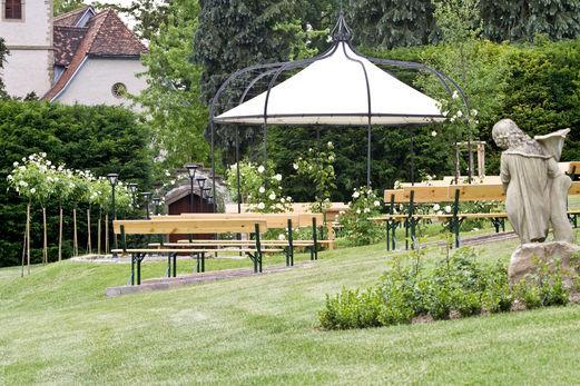 Beispiel: Hochzeitsgarten , Foto: Schloss Neuhaus.