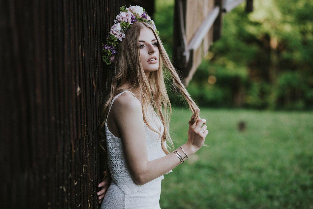 Fragment sesji ślubnej w stylu boho, Koncepcja, stylizacja i dobór wykonawców: Wedding Angels, Zdjęcie: Jagoda Owczarek
