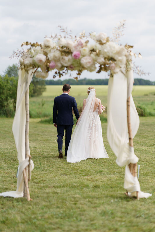 Anastasia Martini - Weddings & Events
