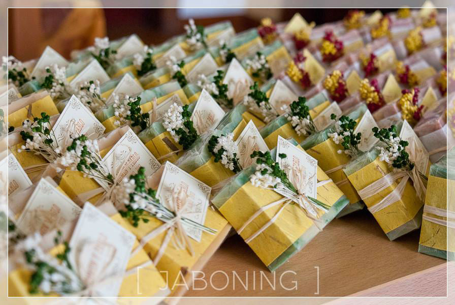Detalles de boda jabones atesanales