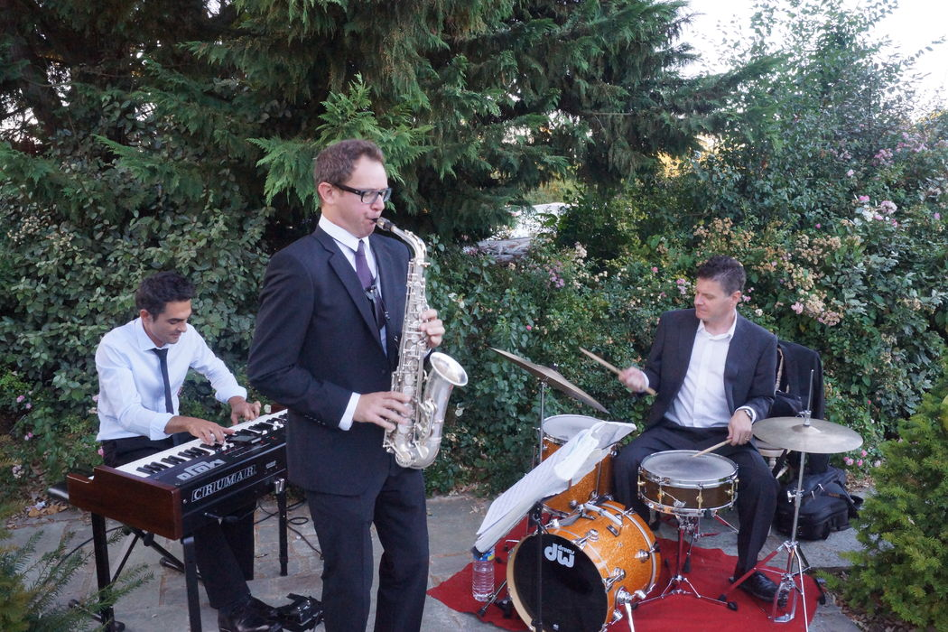 Fiestamania - DJ & Magie & Trio Jazz