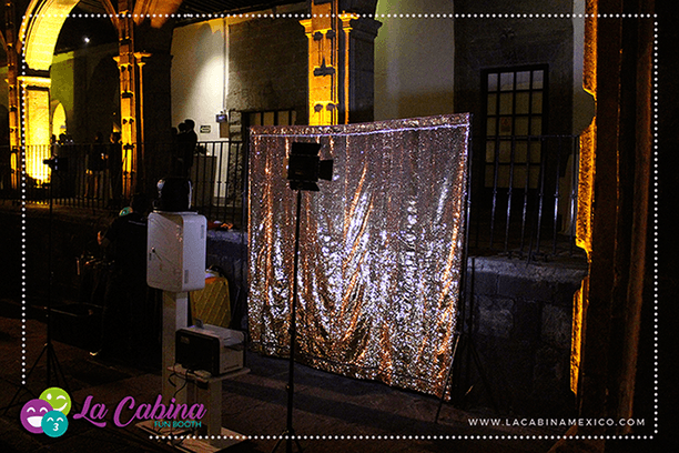 """La Cabina Cuernavaca """"Fun Booth"""""""