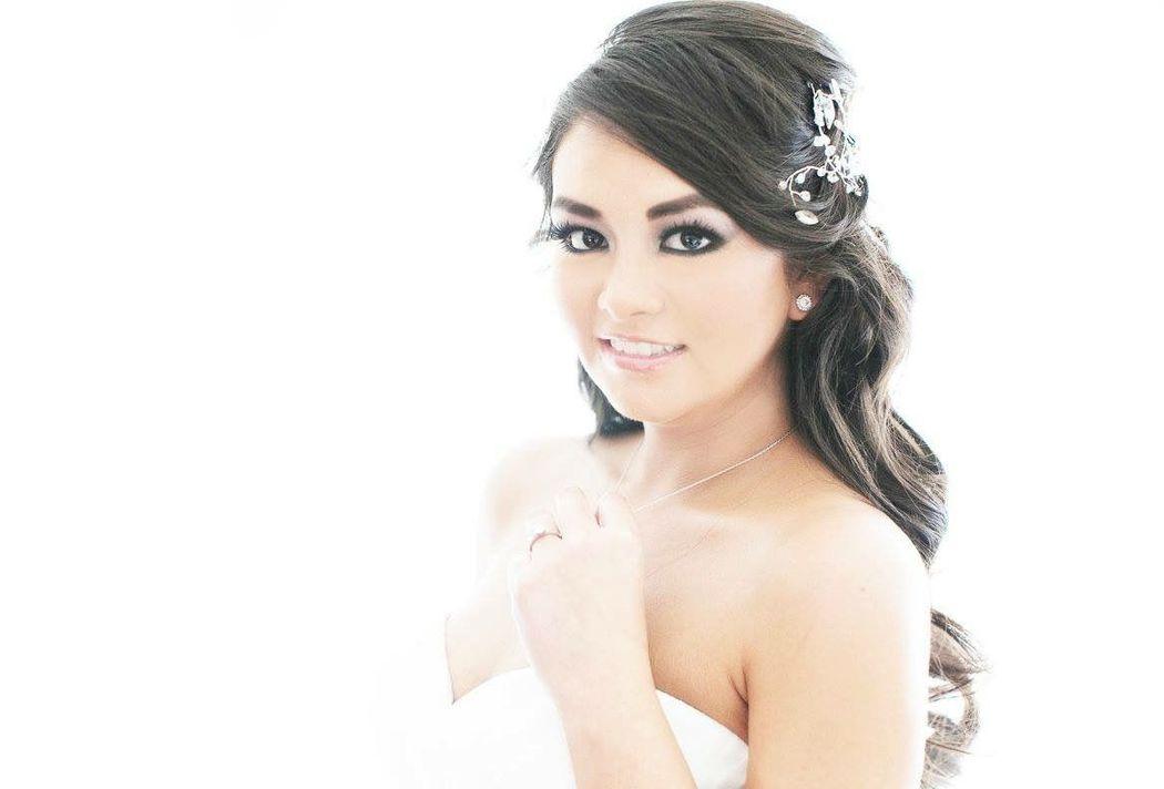 Sandra Bada Bride Squad / Novia Belinda
