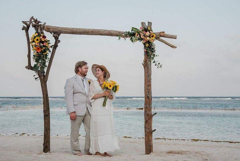 Moramar Beach & Jungle Events