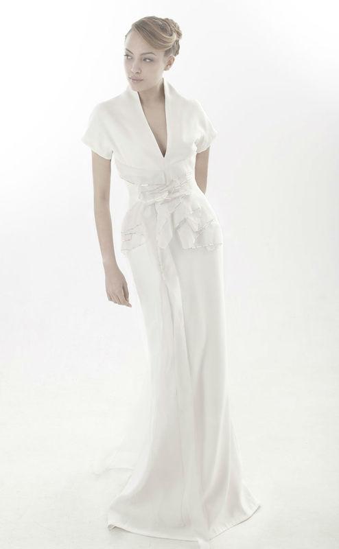 Beaumenay Joannet Paris - Robe de mariée couture décolletée, inspiration vintage