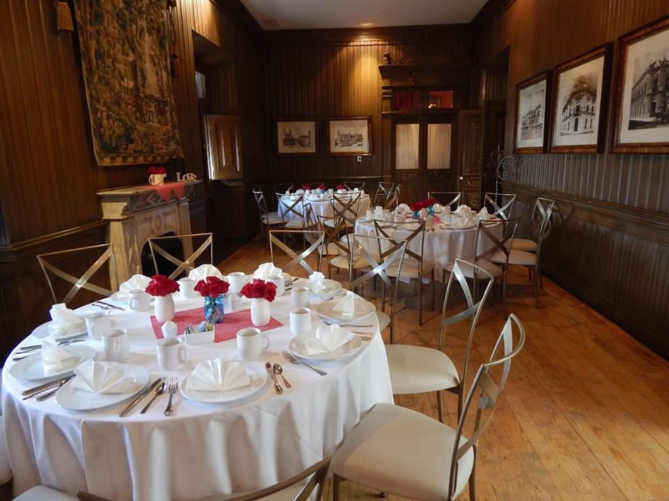 Adriana Navarrete Wedding & Event Planner