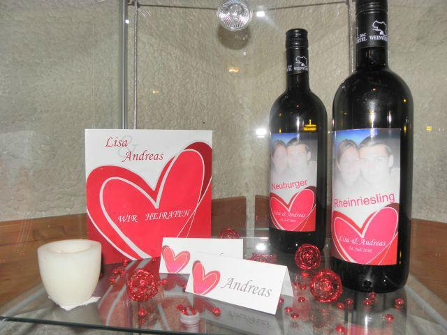 Beispiel: Ihr Wein zur Hochzeit mit einem Foto, Foto: Hochzeitswein - Weingut Zickl.