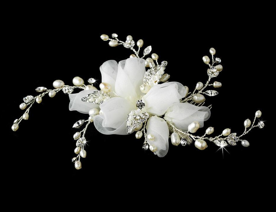 peigne de mariage bouton de rose en organdi et perles eau douce