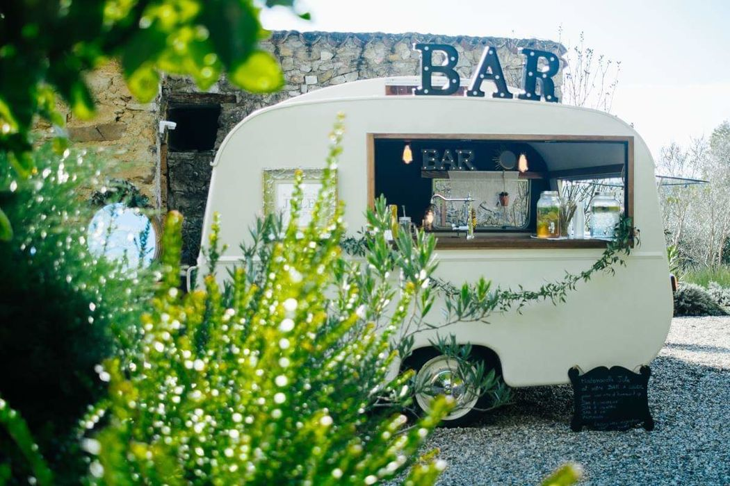 Mademoiselle Jule, The Vintage Caravan Bar
