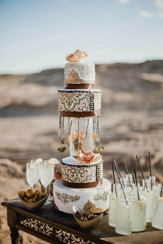 шоу-торт на свадьбу в восточном стиле