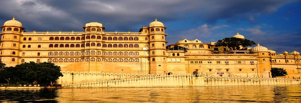 Heritage Dream holidays Jaipur Cab Service Best Taxi Service In