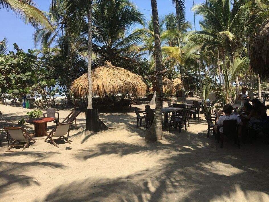 Los Hermanos Beach Hostal