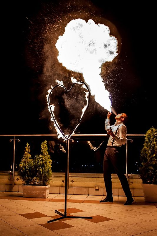 "Teatr Tańca z Ogniem ""Mantra"""