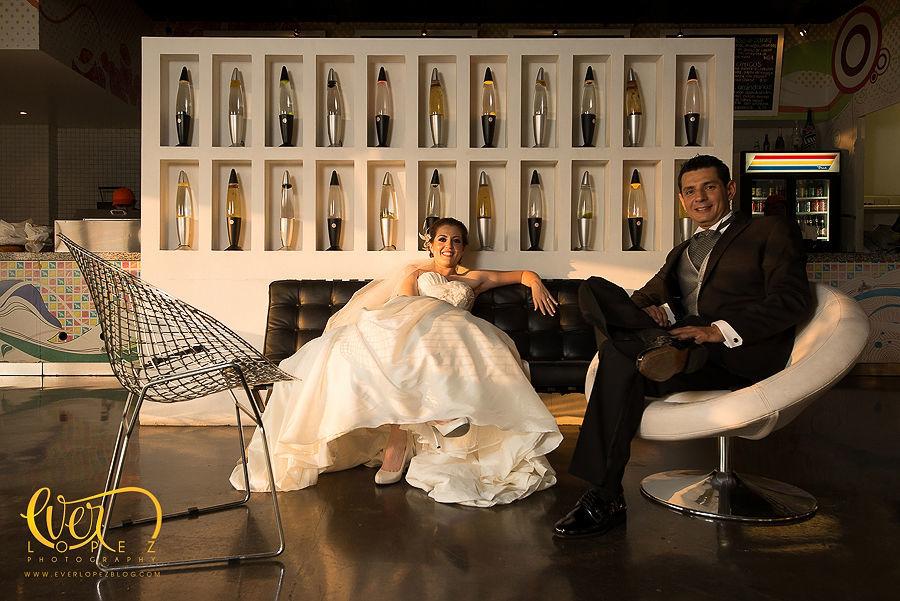 fotografias formales en locaciones diferentes a las tradicionales  Fotografia de boda por fotografo profesional de bodas Ever Lopez