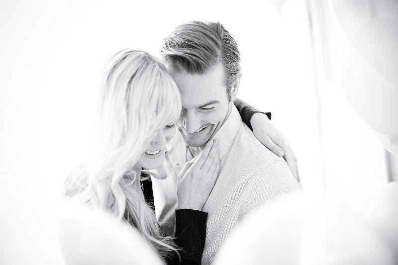 Beispiel: Romantische Fotos von der Hochzeit, Foto: Romeoplusjuliet Photography.