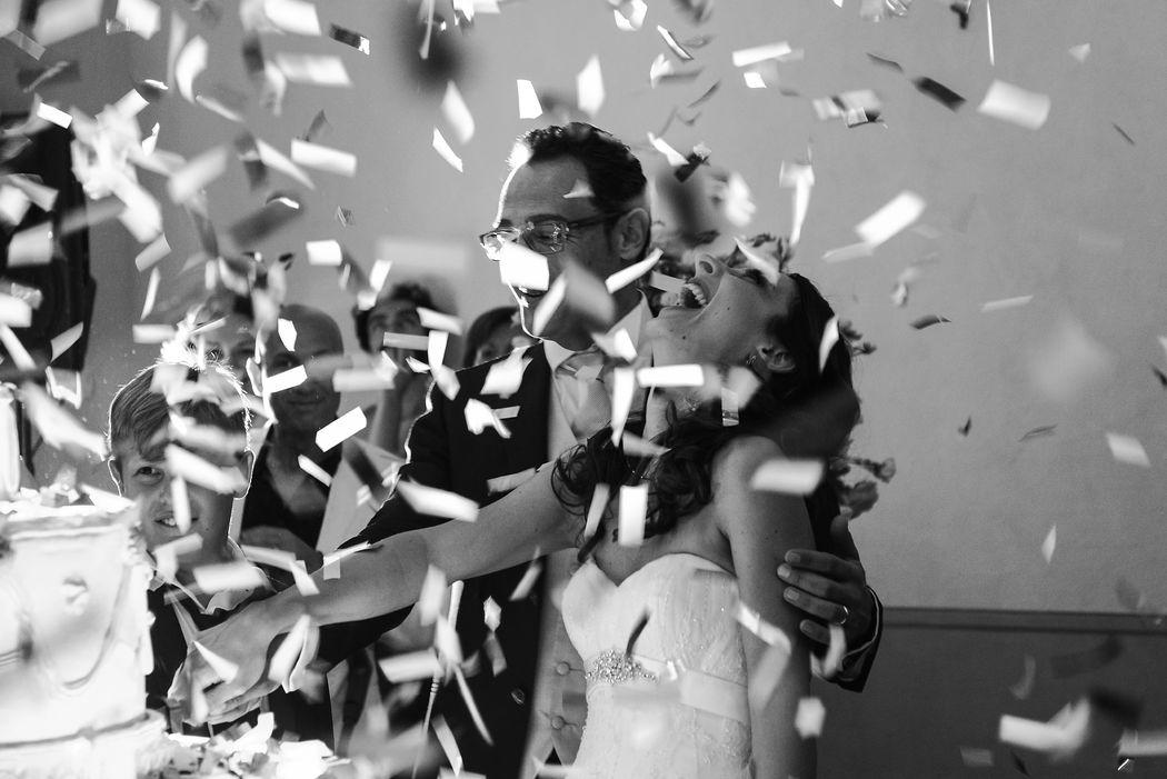 Serena Obert Weddings & Events   Servizi per il matrimonio:  Ideazione, Progettazione e Gestione dell'Evento  Disbrigo delle pratiche burocratiche  Segreteria e Recall degli ospiti  Ricerca della Chiesa o del Palazzo Comunale  Ricerca e selezione della Location o del Ristorante  Ricerca del Banqueting, Catering  Allestimento Floreale e Decorativo  Servizio Fotografico e Videoreporter  Studio del concept grafico  Partecipazioni, Inviti, Libretti messa, Menù  Segnaposti personalizzati, Tableau de Mariage  Mise en place  Officiante Simbolico  Wedding Cake  Confettata  Musica  Coordinamento e assistenza per il giorno dell'evento  Viaggio di Nozze  Lista Nozze  Animazione e Intrattenimento  Ricerca e/o creazione Bomboniere e Packaging  Engagement shoot  Servizi per gli sposi:  Hair Stylist e make up  Abito sposa, Sposo e Accessori  Scelta gioielli  Scelta delle fedi  Noleggio auto sposi  Accomodation in Bridal Suite  WEDsite  Altri servizi:  Consulenza Personal Shopping per abiti da cerimonia  Auto e Transfer per gli ospiti  Accomodations ospiti  Servizio di Baby Sitting e Animazione bimbi  Spettacolo Pirotecnico  Scenografie luminose   Dog Sitter