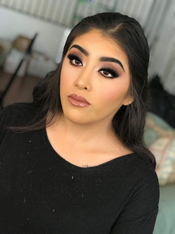 Mia Alonso Makeup Artist
