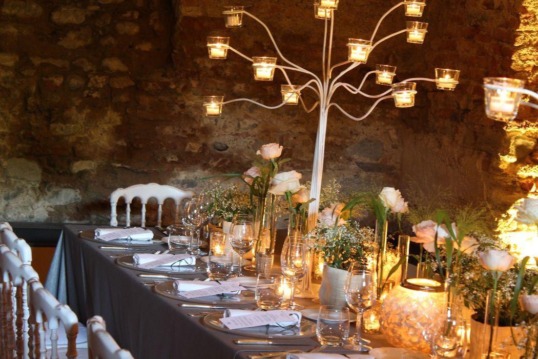 Fiordifragola - Tavola reale - candelabri - matrimonio rustico elegante - rose david austin