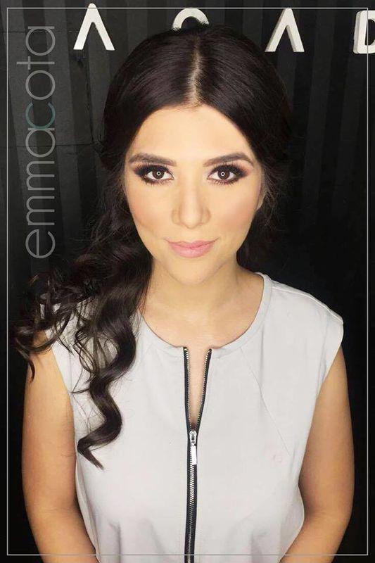 Emma Cota Salón